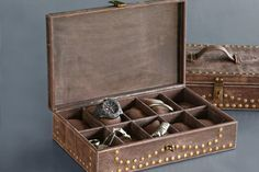 Top 10 men's jewelry boxes: Buy your favourite one