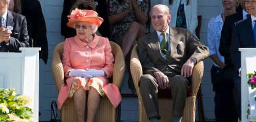 Le prince Philip sort miraculeusement indemne d'un violent accident de voiture