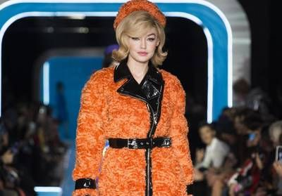Le glamour sixties de Moschino