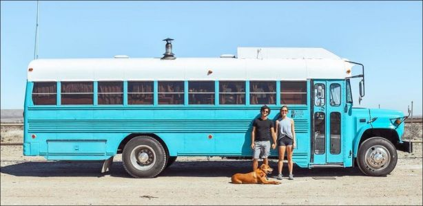 Alternative - Un couple transforme un bus de prison en appart'