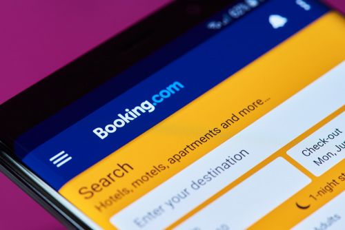 Booking.com digitalise le check-in avec une start-up