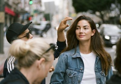 L'instant mode:  Lily Aldridge arpente le monde pour Levi's® Made & Crafted®