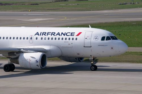 Interdit d'espace aérien russe, un vol d'Air France contraint de faire demi-tour