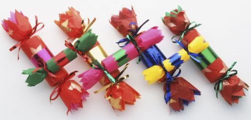 Surprise ! Quand la beauté se met aux christmas crackers