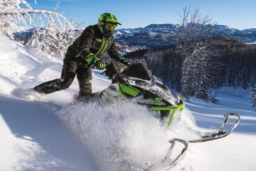 Arctic Cat M8000 Mountain Cat 2018 - Hors des sentiers battus