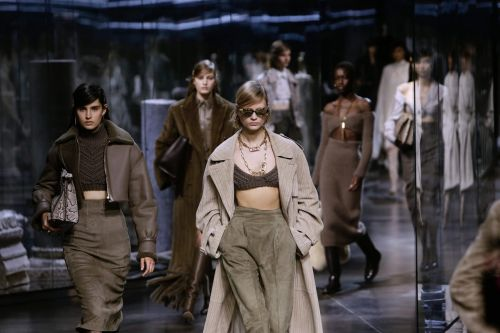 Fashion week 2021 : Fendi et Prada font du bruit à Milan
