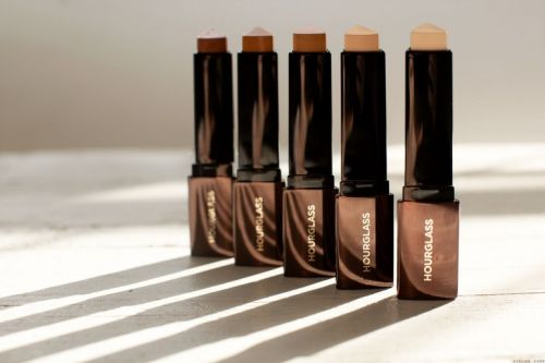 Hourglass Foundation Stick