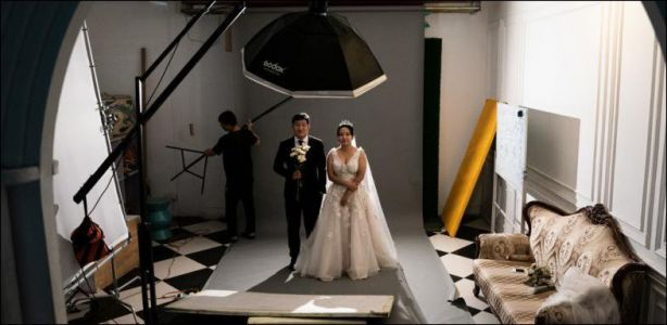 Photo de mariage - En Chine, on se «marie» dans un studio photo