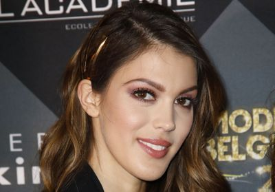 Iris Mittenaere:  assume ses vergetures sur Instagram