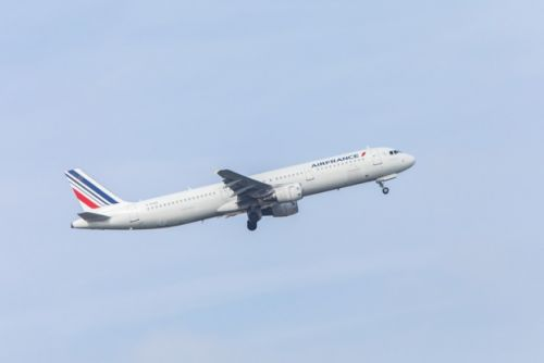 Grève:  Air France annule 30% de ses vols long-courriers vendredi