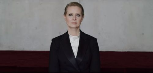 """Be a lady they said"" : Cynthia Nixon raconte la pression subie par les femmes"