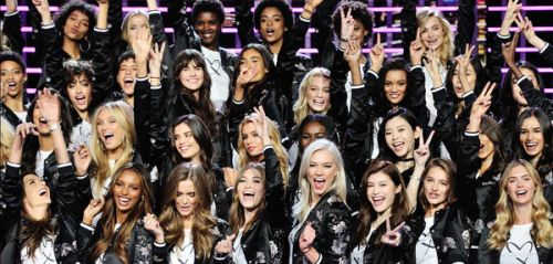 Victoria's Secret 2017 : les images du show, côté backstage