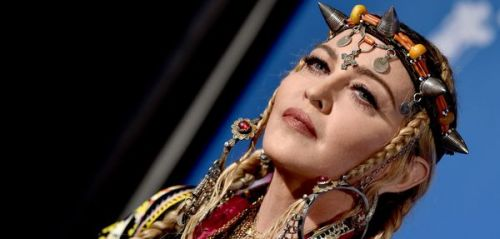 MTV Video Music Awards : Madonna rend hommage à Aretha Franklin en ne parlant. que de Madonna